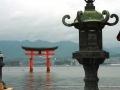 1-FOTO-COPERTINA-Itsukushima-JinjaTorri-galleggiante-2