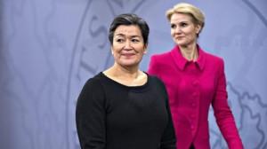 """L'incontro tra la premier groenlandese Aleqa Hammond e il """"suo"""" primo ministro, la danese Helle Thorning-Schmidt."""