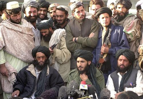 importiamo delinquenti afghani