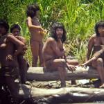 """Il governo peruviano contatta la """"tribù proibita"""" dei mascho piro"""