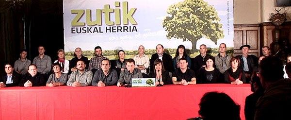 0-zutik-euskal-herria