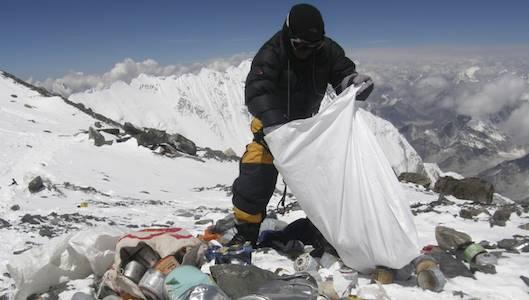 montagna rifiuti