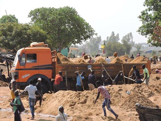 scavatori del fiume niger