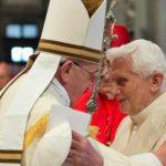 Bergoglio-Ratzinger e il papato bicefalo: una disputa religiosa o geopolitica?