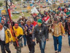 La corte federale americana ordina la chiusura del Dakota Pipeline