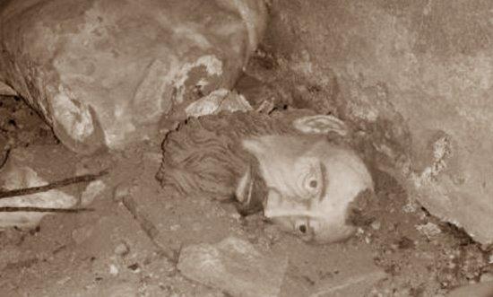 la caverna dell'uomo selvatico